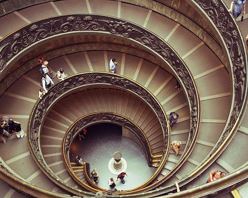 Le célèbre escalier à hélice au musée du Vatican