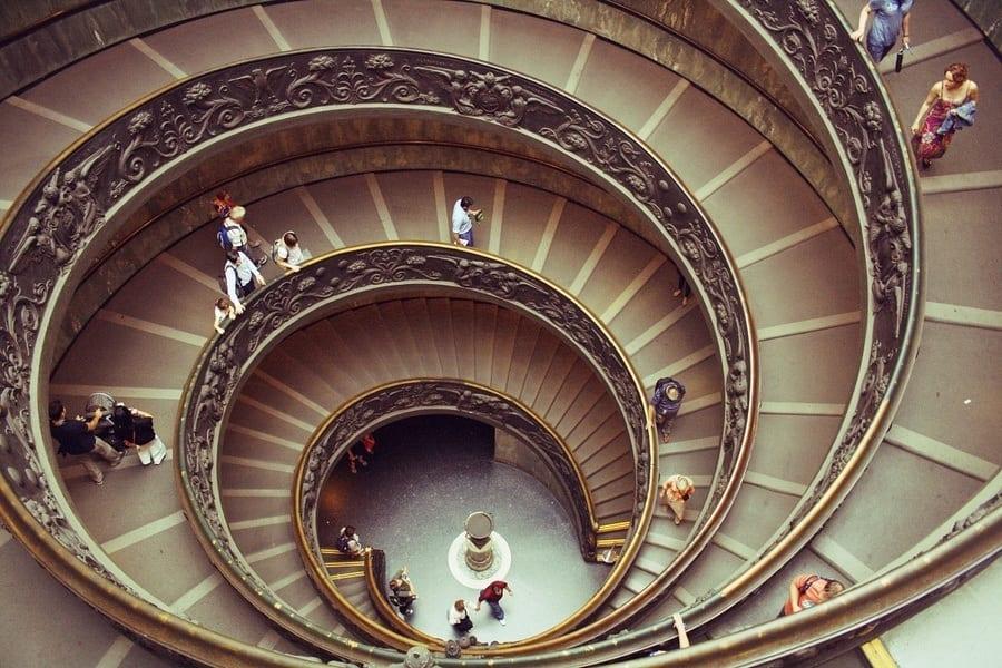 Rome Musee Vatican escalier
