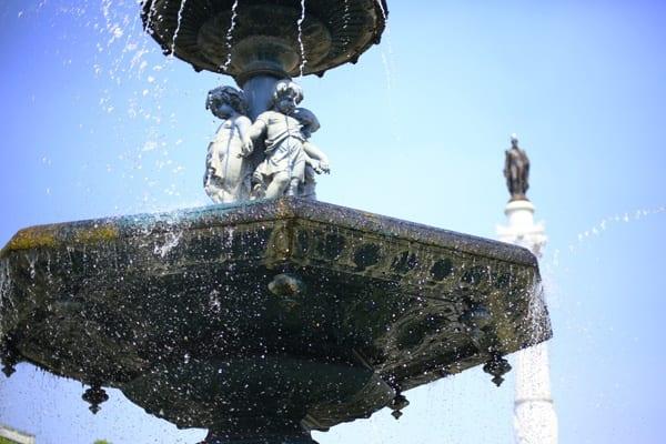 Fontaine dans le quartier Baixa à Lisbonne