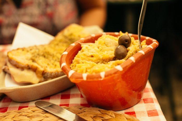 Baccalau com natas, spécialité portugaise