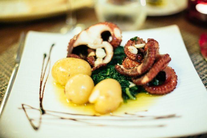 Le poulpe grillé, spécialité du Portugal