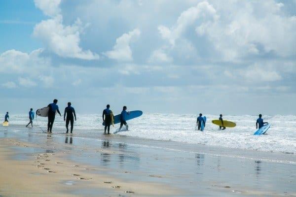 biscarrosse surfeurs