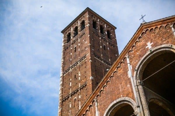 Basilique Saint - Ambroise tour