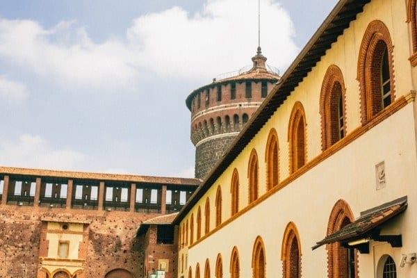 tour chateau sforza milan