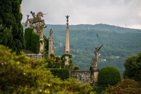 isola bella statue jardin