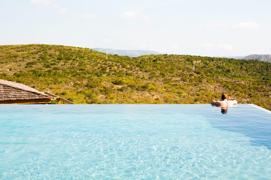piscine a debordement - bonifacio