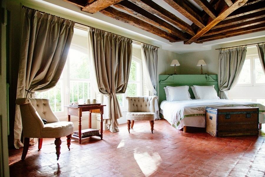 chambre a coucher amoureux finest simple chambre romantique blanche with tableau pour chambre. Black Bedroom Furniture Sets. Home Design Ideas
