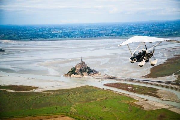 Vol en ULM au dessus du Mont Saint Michel