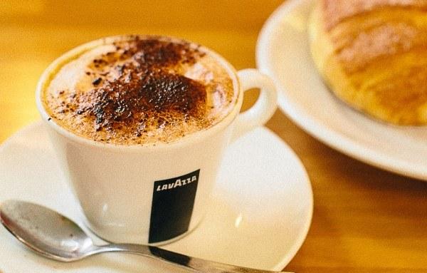 Le célèbre cappuccino, spécialité incontournable en Italie !