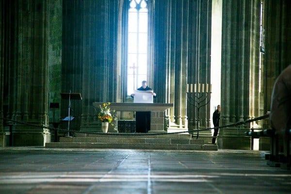 interieur abbaye moine