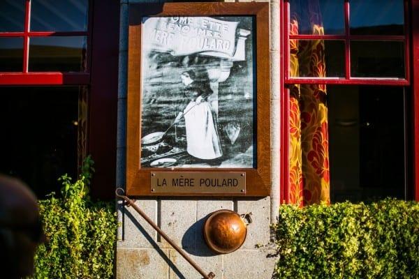 restaurant la mere poulard affiche