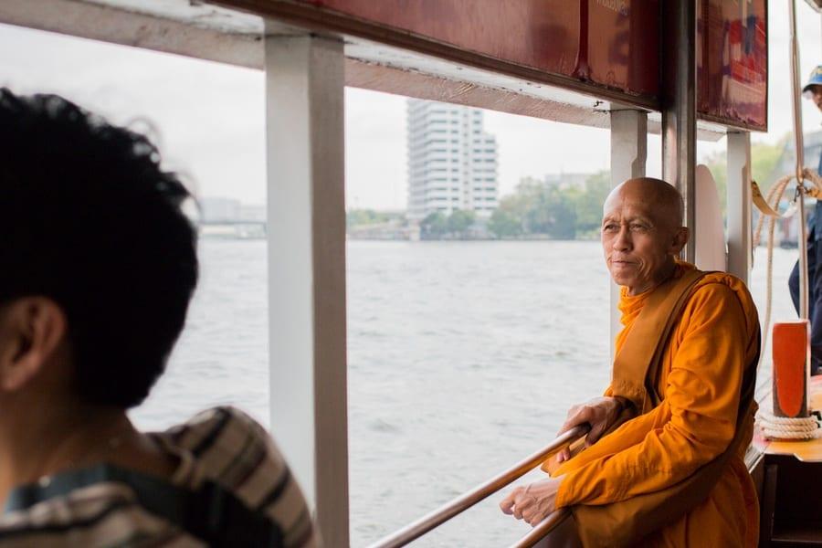 moine bouddhiste bangkok