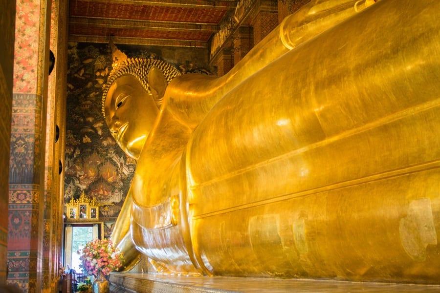 Le Bouddha allongé au Temple du Wat Pho