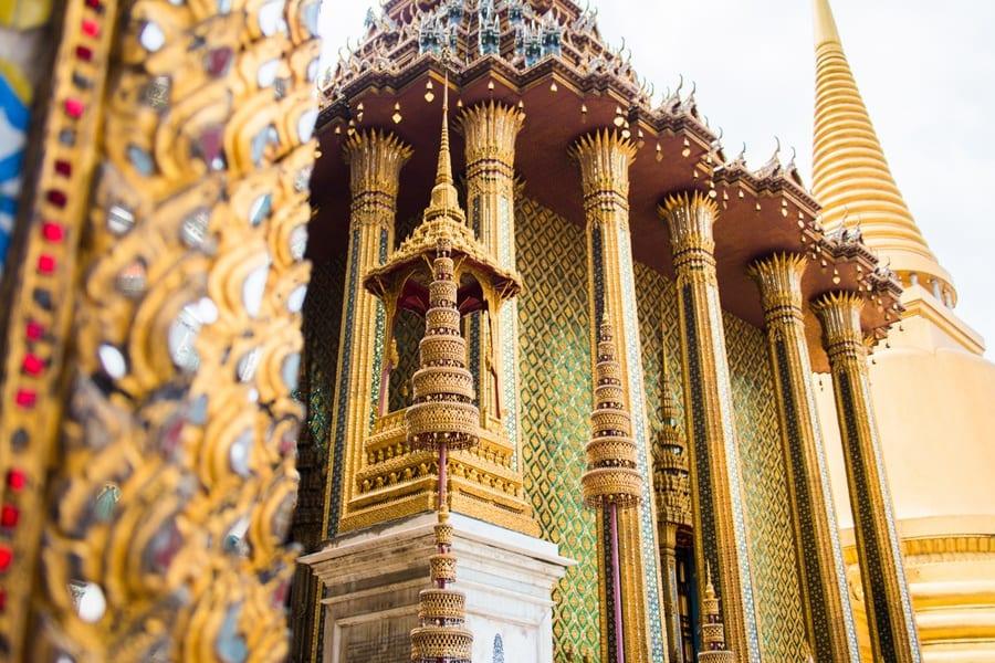 La colonne du Grand Palais à Bangkok