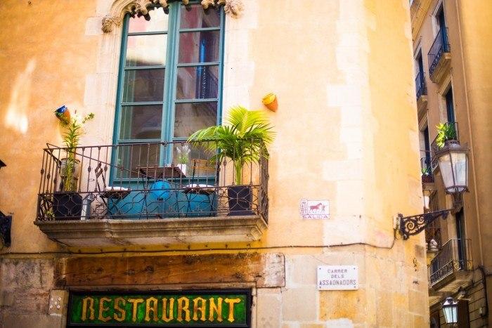 ruelle ciutat vella barcelone