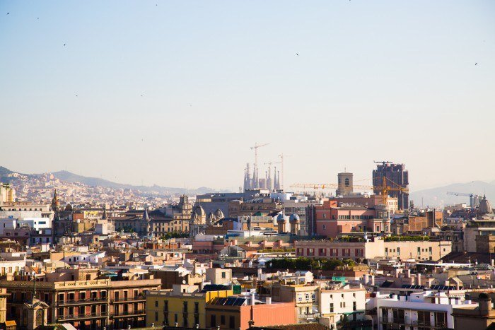 La vue panoramique depuis le toit du Barcelo Raval
