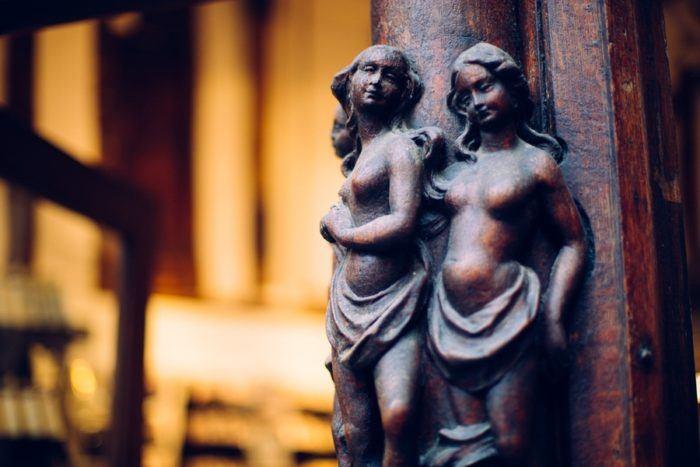 Les sculptures des maisons