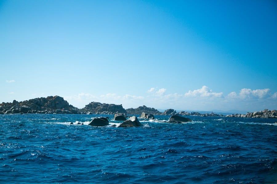Balade en bateau pour aller sur l'île Lavezzi