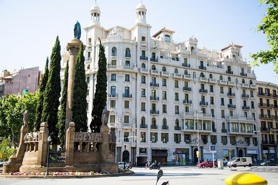 Casa Milà de Gaudi
