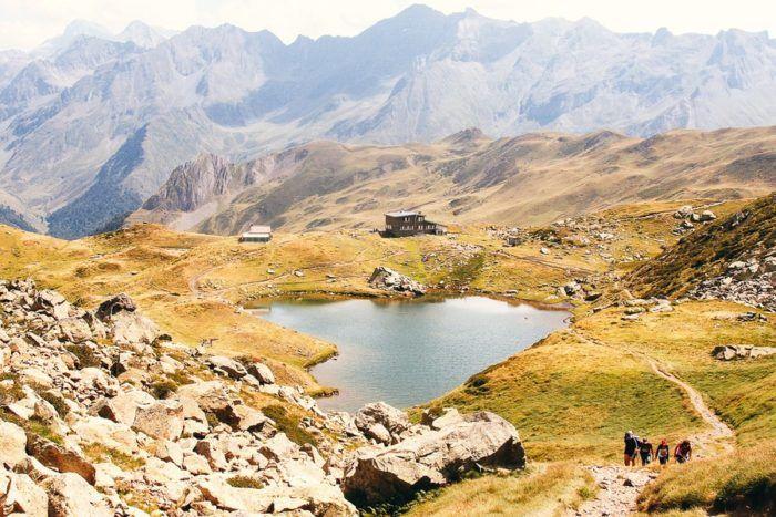 Ascension du Pic du Midi dans les Pyrénées