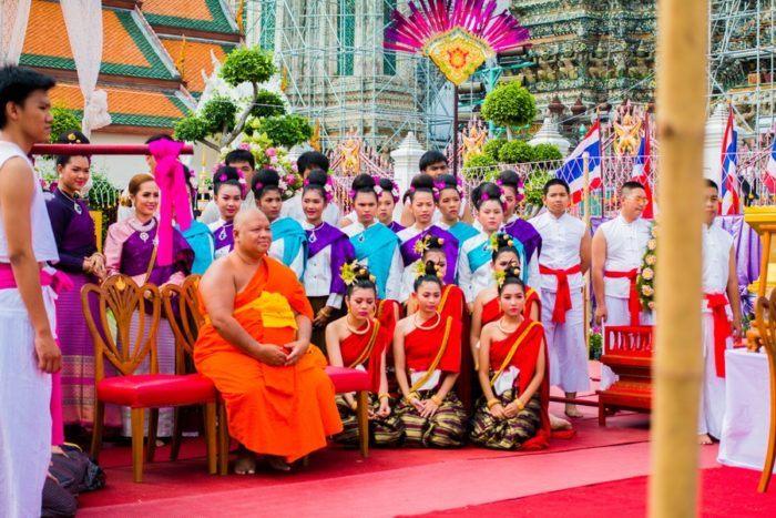 Temple du Wat Arun de Bangkok, Thaïlande, Buddha's day