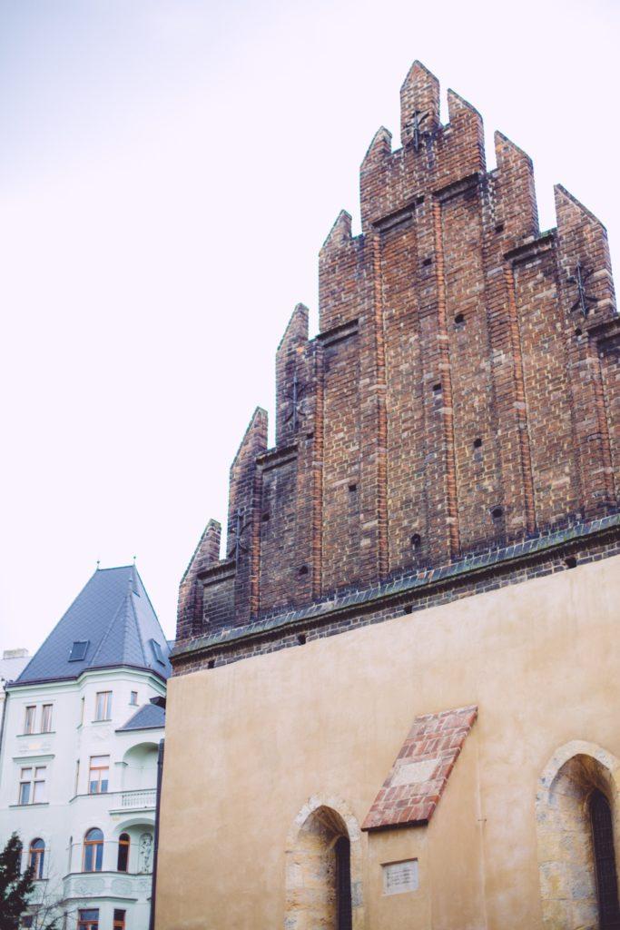 La synagogue Vieille-Nouvelle quartier juif de Prague