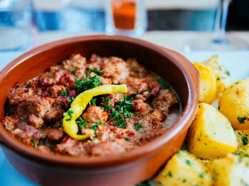 L'axoa de veau, plat typique du Pays Basque