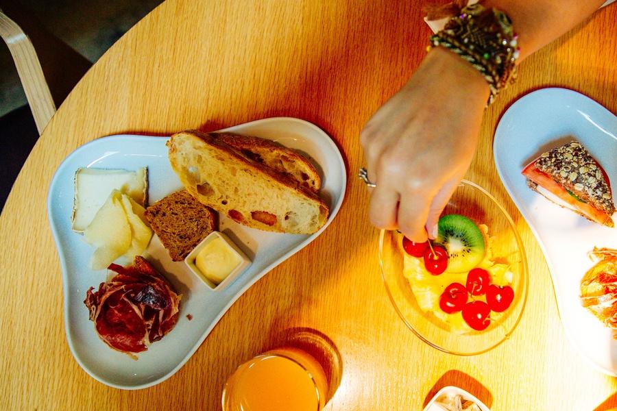 Petit-déjeuner à l'Hôtel OMM à Barcelone