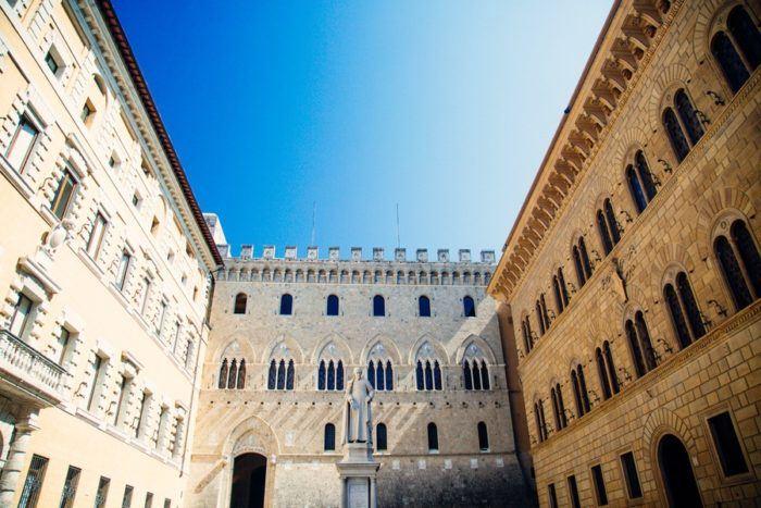 Piazza Salimbeni, à Sienne