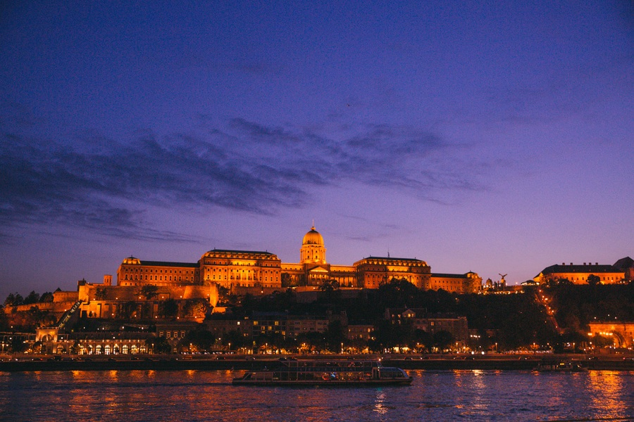 Visiter Budapest la nuit