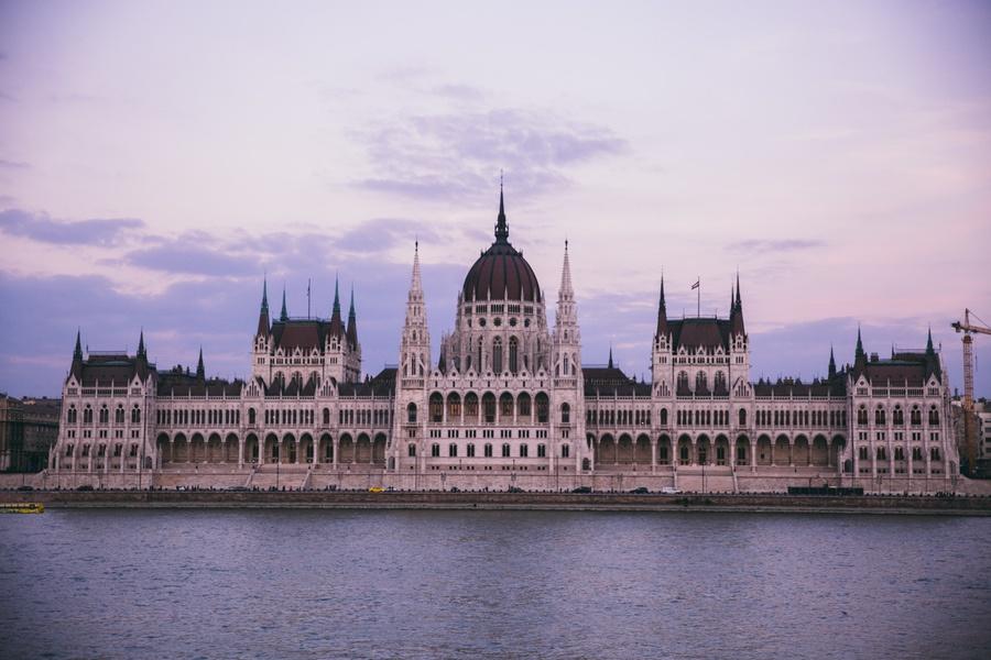 Parlement Hongrois de jour