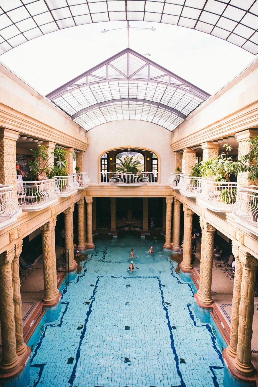 Les bains de Gellért de haut