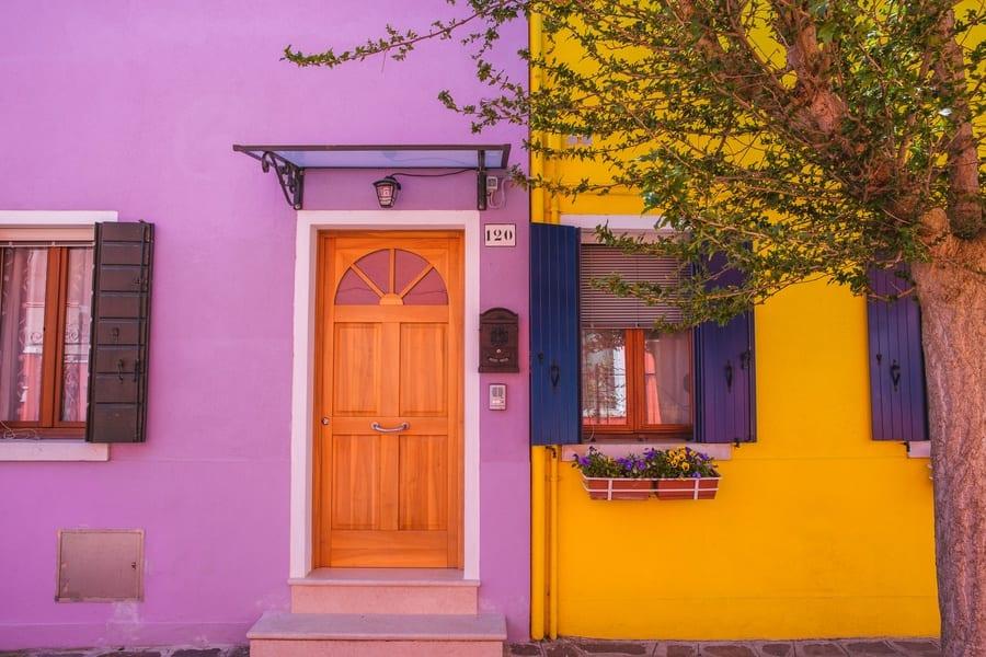 Façades colorées à Burano Venise