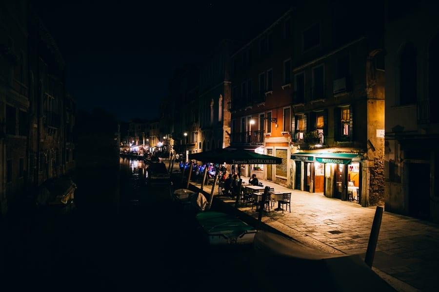 Visiter Venise la nuit