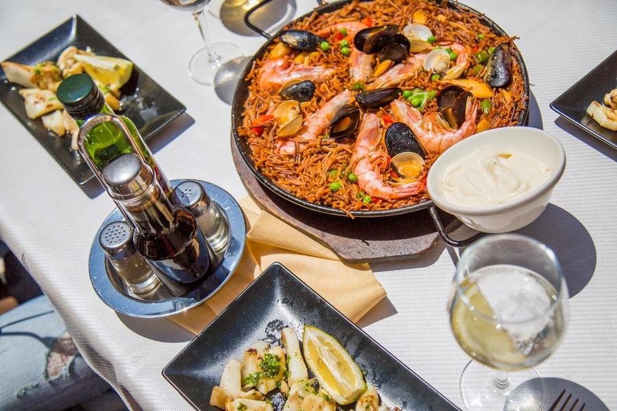 fideua spécialité culinaire catalane