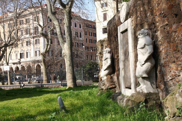Porta Alchemica, Rome